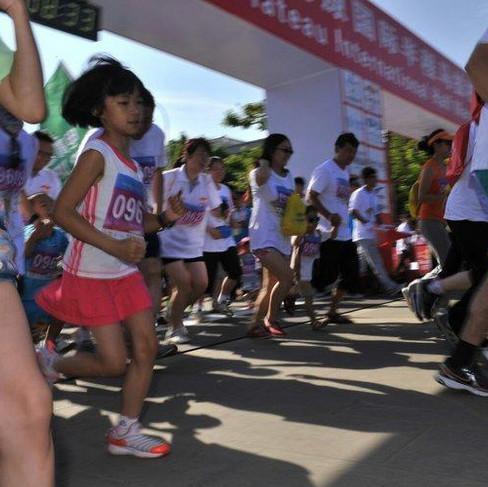 青岛国际半程马拉松赛周日开跑